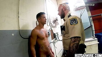 Two inmates got caught screwing around - gay porn